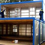 Как построить дачный дом из вагончика