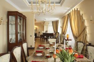 дизайн интерьера кухни-гостиной в классическом стиле