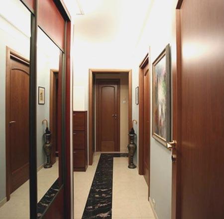 узкий коридор дом