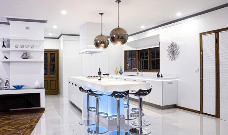 бытовые приборы на кухне