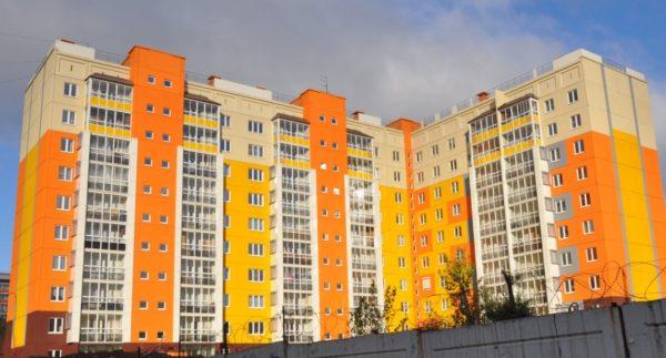дом в 9 этажей
