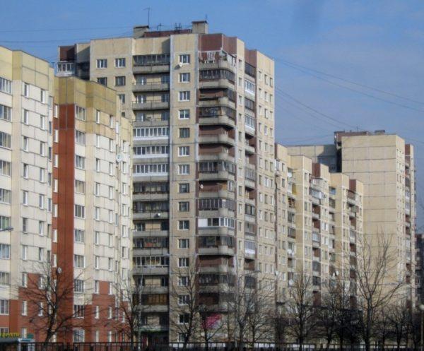 дом в 14 этажей